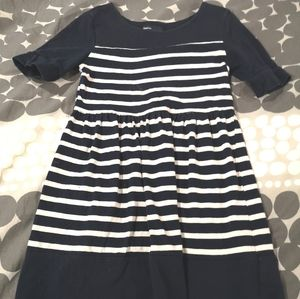Gap size 6/7 dress